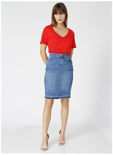 Fabrika Fabrika Teyo Kırmızı V Yaka Kadın T-Shirt Kırmızı